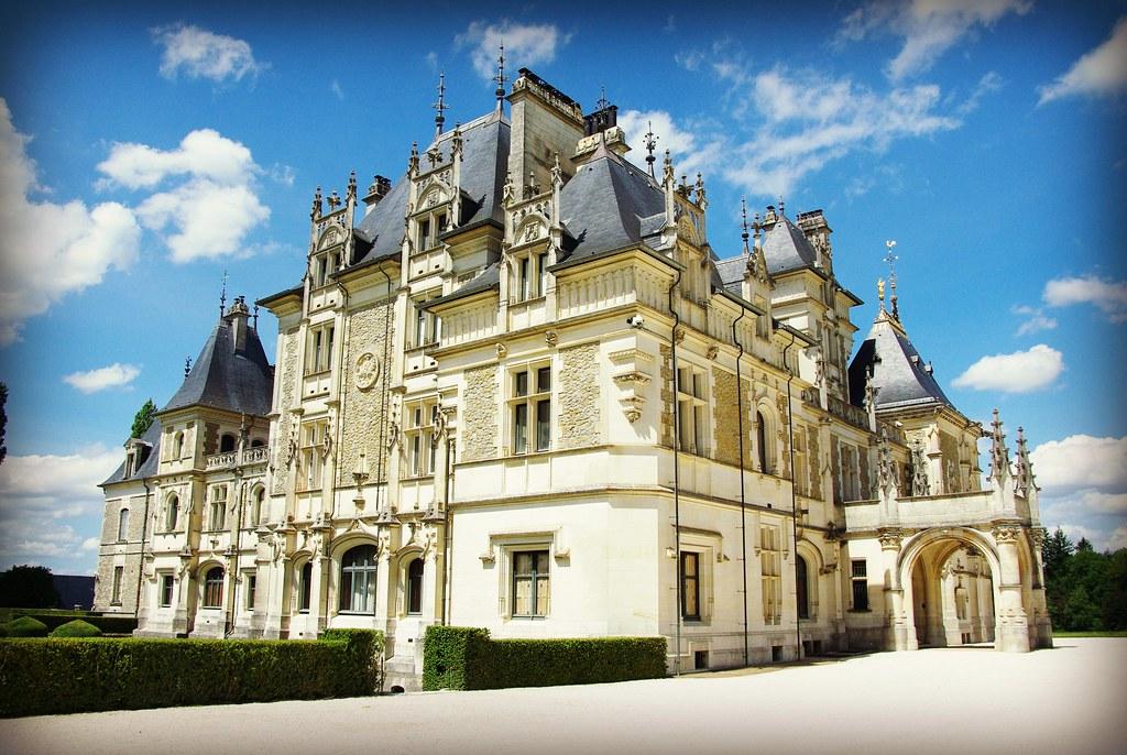 Castles of france ch teaux de france page 120 - Menetou salon chateau ...