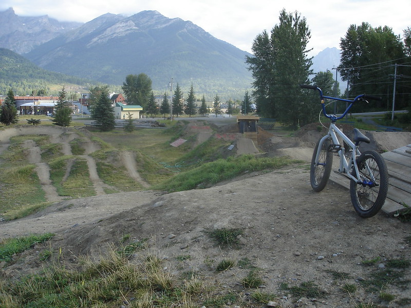 Fernie Dirt Jump Skills Park