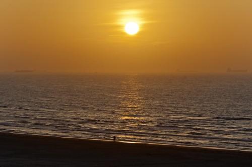 gulfofmexico sunrise nikon texas porta tamron portaransas gulfcoast texasgulfcoast horwath tamronlens coastalbend d700 texascoastalbend rayhorwath tamron28mm300mmlens