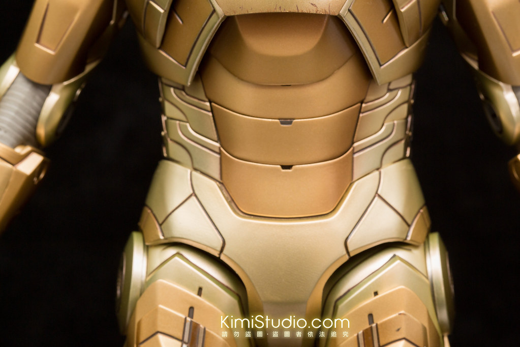2013.10.31 Hot Toys MMS208 Iron Man Mark 21-021