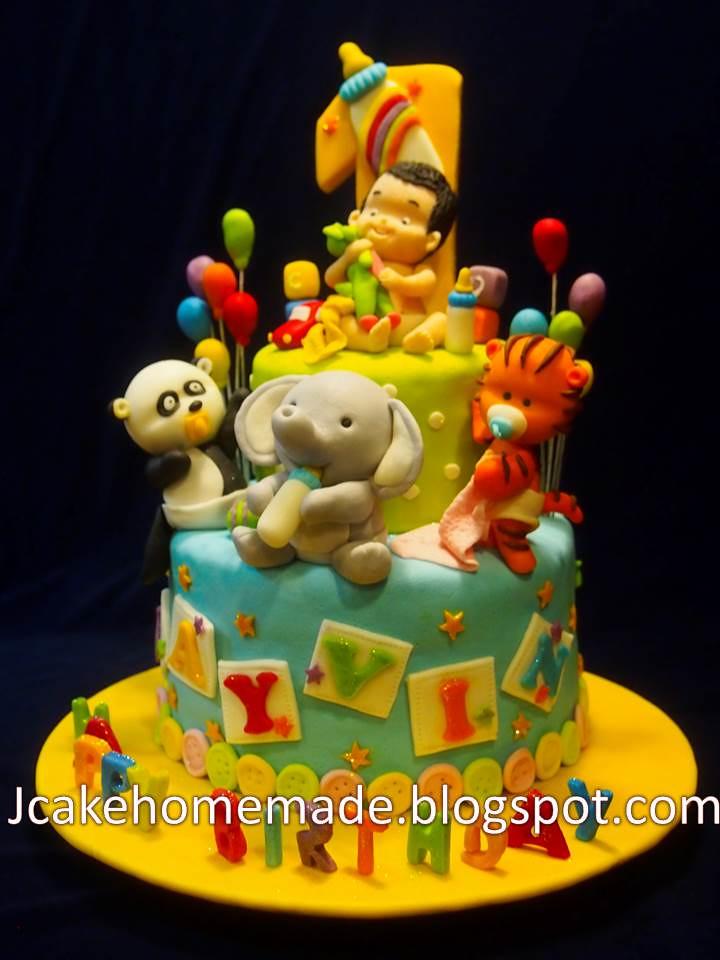Animals birthday cake  Flickr - Photo Sharing!