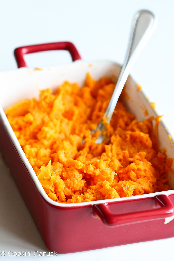 Light Sweet Potato Mac 'n Cheese Recipe | cookincanuck.com #recipe #vegetarian