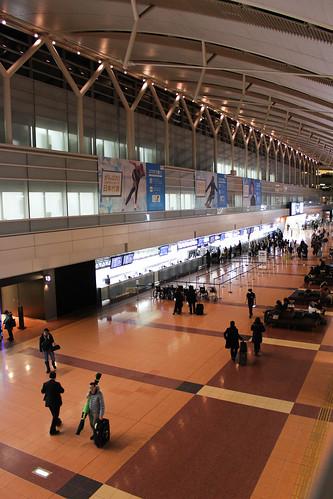 2/22朝5時の羽田空港第2ターミナル