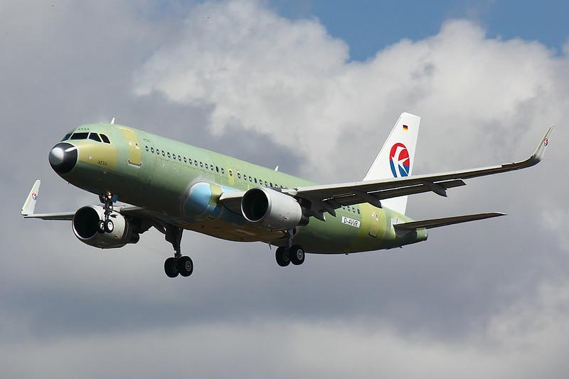 China Southern - A320 - D-AVVR (1)