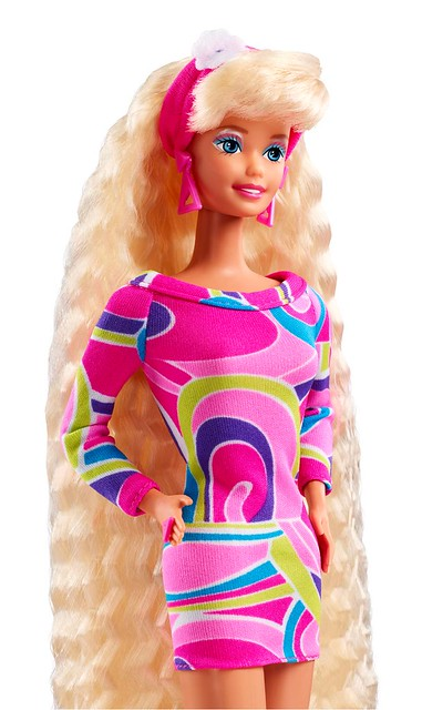 《芭比娃娃》史上最暢銷的傳說芭比復刻再登場!「芭比娃娃 長髮芭比 復刻版」Totally Hair Barbie