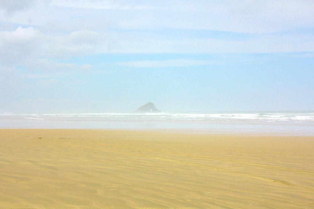 ninety-mile-beach-new-zealand