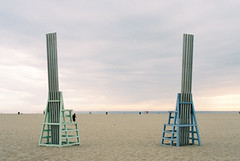 Santa Monica King and Queen Beach Thrones