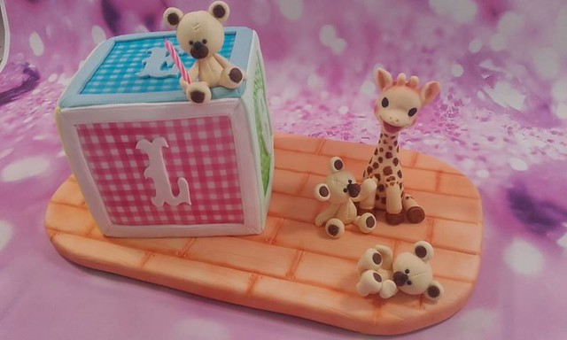 Toys Box Cake by Géraldine Auger