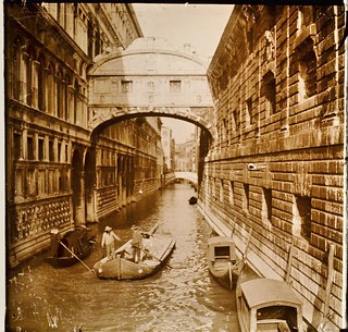 Italy, Bridge of Sighs Venice c1910 r