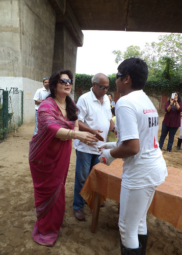 Prize Presentation by Smt Bangur, Wife of The President, Calcutta Polo Club by EventArchitect