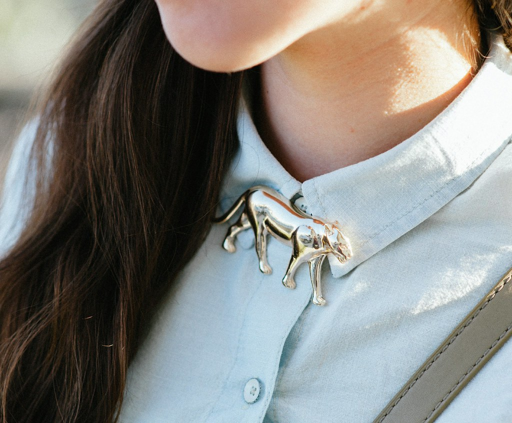 collar pin, chambray shirt, how to style chambray, denim shirt, gap, forever21