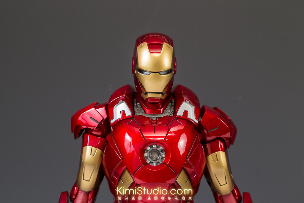 2013.06.11 Hot Toys Iron Man Mark VII-014