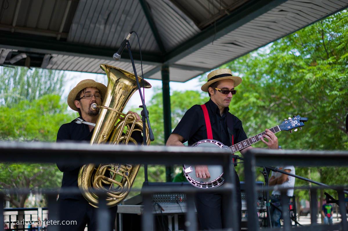 Cuarteto de jazz en el Parque de la Memoria