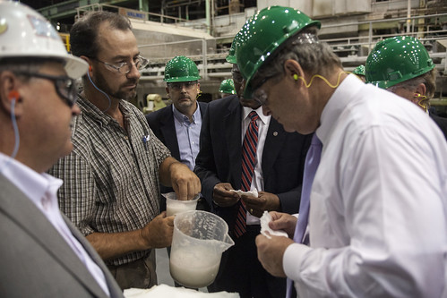 Agriculture Secretary Tom Vilsack (right) tours Domtar Inc. in Plymouth, NC on Friday, Aug. 15, 2013. Domtar produces lignin, a biobased material with the potential to create advanced new products and energy. Domtar is working with a number of partners, including the U.S. Forest Products Laboratory, on development of lignin applications that includes fuel additives, solid fuels, high performance adhesives and more.