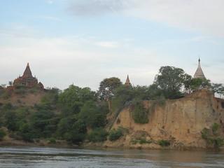 Malika Ferry - river views near Bagan 3