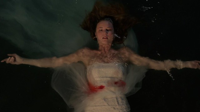 Emily Thorne Emily VanCamp Revenge season 3 shot