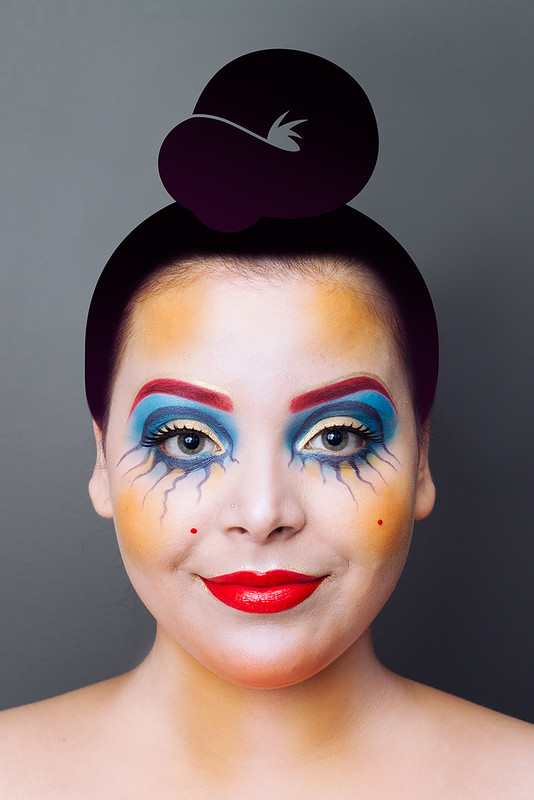 Halloween Get the Look makeup tutorial inspired by Illamasqua - Eyes Open