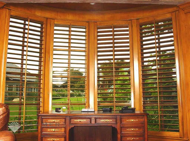 Shutters in toms river custom shutters plantation for Should plantation shutters match trim