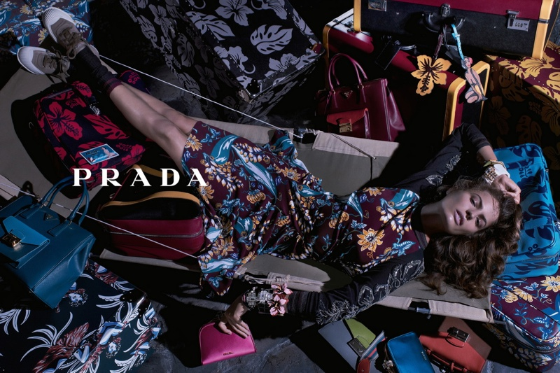 800x533xprada-resort-2014-campaign2.jpg.pagespeed.ic.5ABJXVH9cc