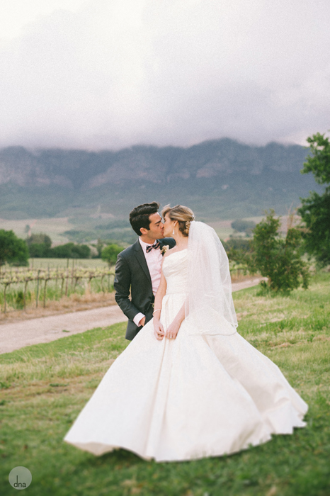 couple-shoot-Genevieve-and-Alistair-Vrede-en-Lust-South-Africa-wedding-shot-by-dna-photographers-39