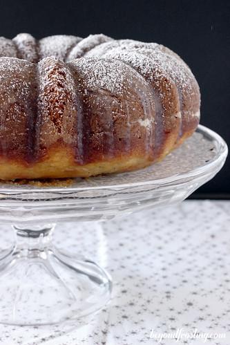 Spiced Rum Eggnong Cake | beyond frosting.com | #rumcake #eggnog