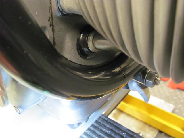 Push Rod Tube Drawn Tight to Engine Casing