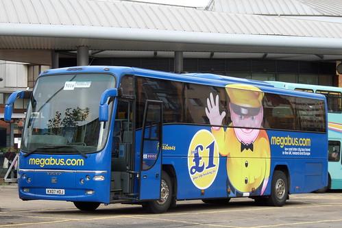 Freestones Megabus KX07HDJ