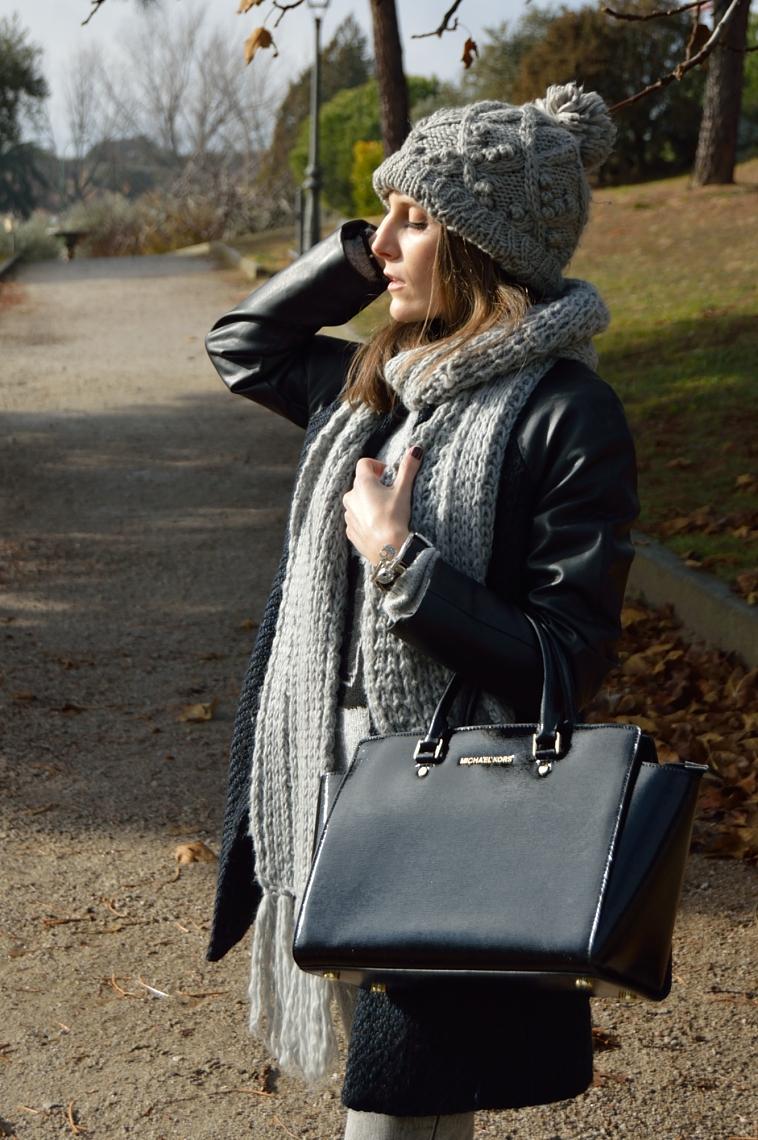 lara-vazquez-madlula-blog-fashion-winter-look-black-bag-grey-tones-outfit