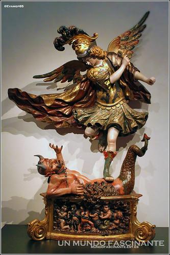 Exposición de arte religioso en el Museo Nacional Colegio de San Gregorio.