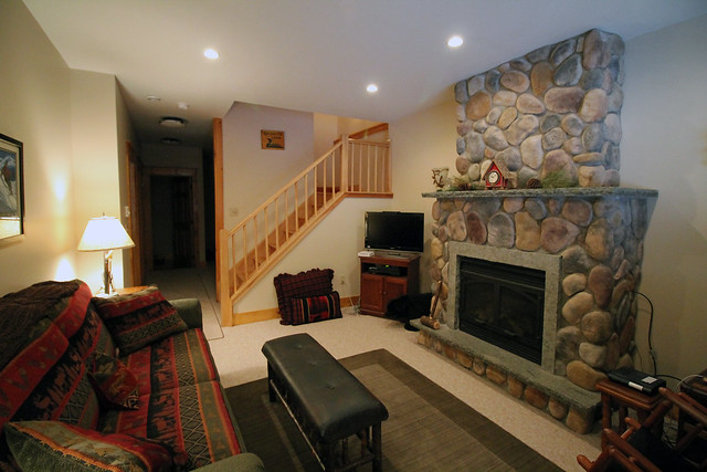 Lower level rec/family room with bedroom, rec area, full bath and utility room;