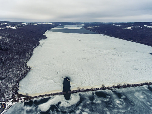 frozen ice otisco lake finger lakes fingerlakes otiscolake winter cold chilly iced causeway spafford landscape aerial aerialphotography dronephotography drone drones dji djiphantom4 phantom4 2017 amazing peaceful cny