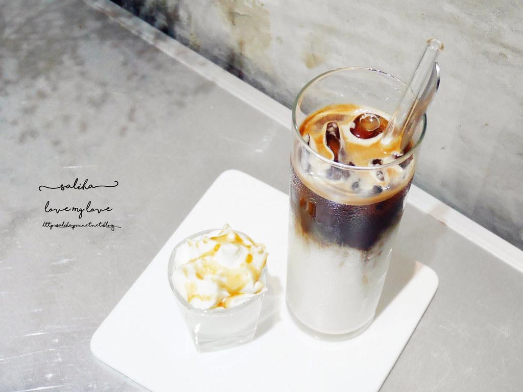 台中精誠二街超美玻璃屋偷偷 Toutou Cuisine下午茶咖啡館推薦 (26)