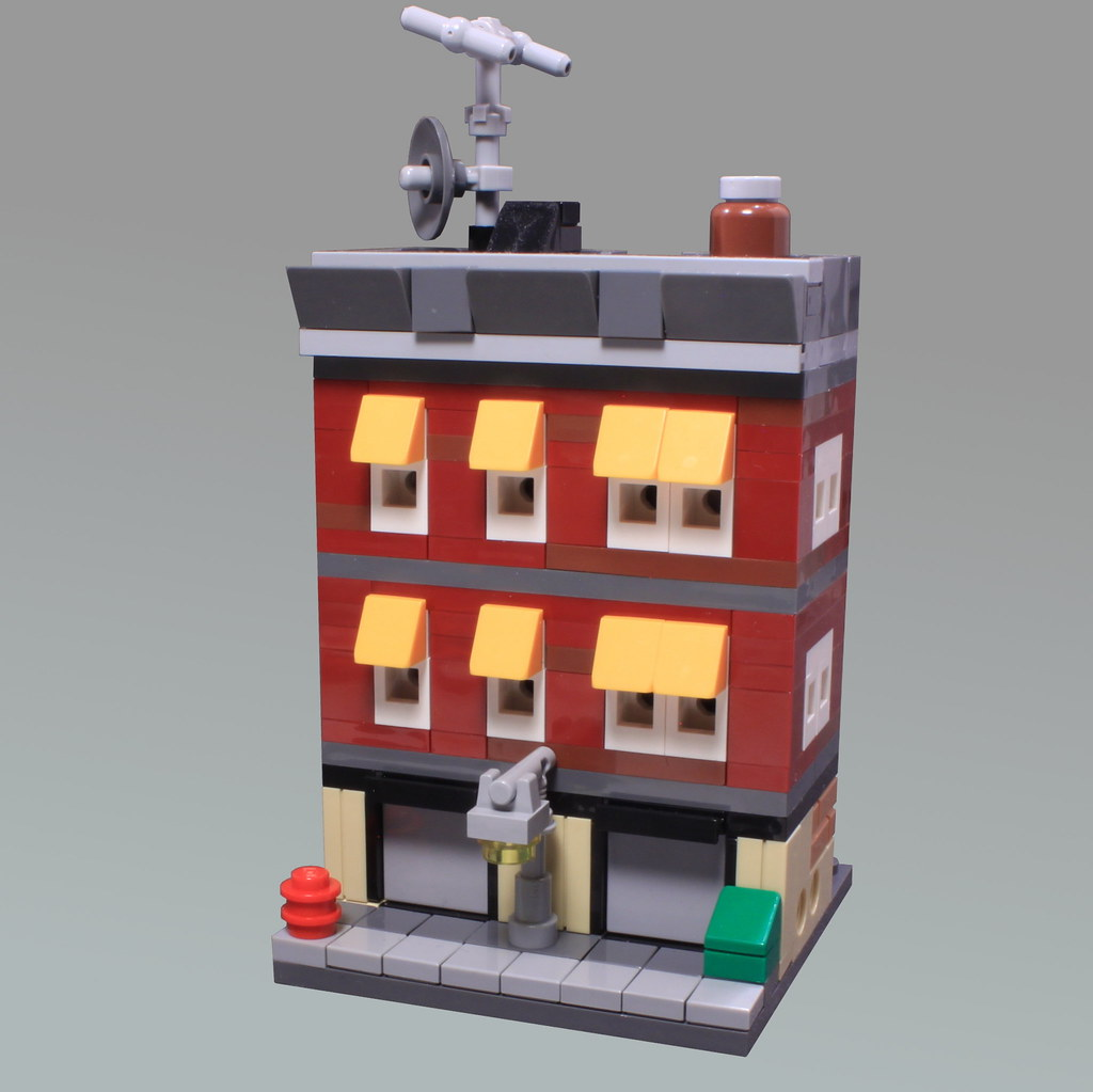 Mini Modular Joe's Garage (custom built Lego model)