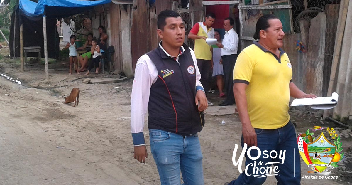 Alcaldía de Chone trabaja en el barrio La Aurora, se busca recuperar espacios públicos