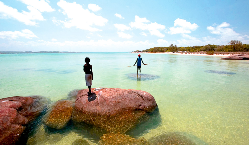 Davidson\'s Arnhemland Safaris - Rock art, Mount Borradaile, Arnhem Land