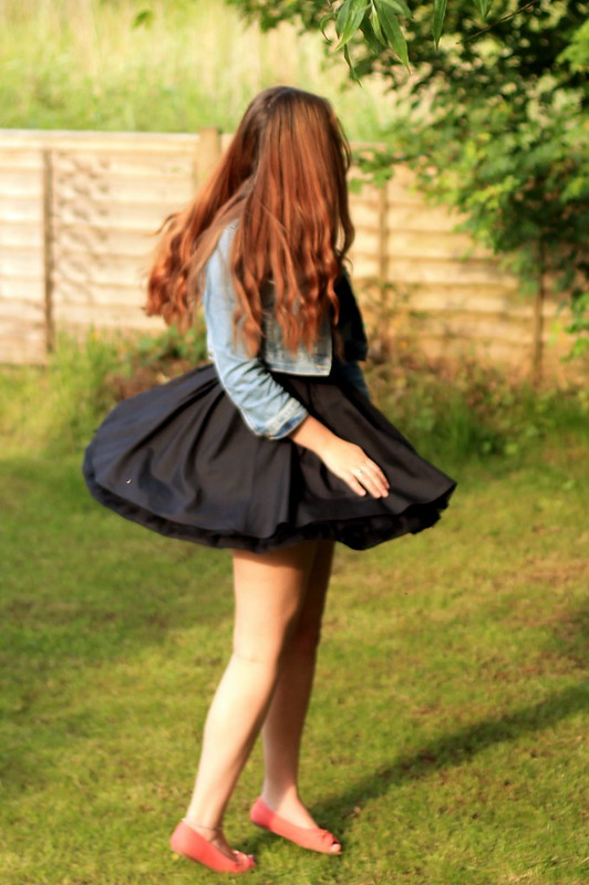 OOTD, outfit of the day, denim jacket, jones + jones dress, flats