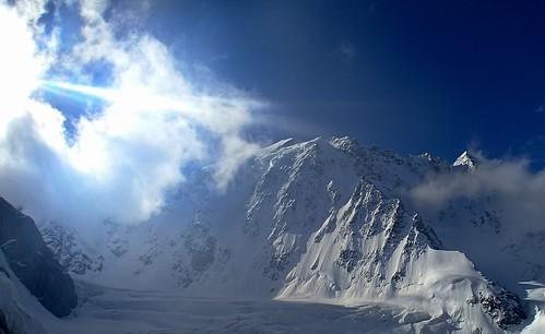 camping russia climbing caucasus mountaineering bezengi безенги тихонова koshtantau ледниккундютмижирги коштантау flatironbivourc