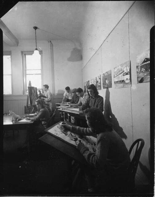 Alumni Hall interior Art class 300 dpi132