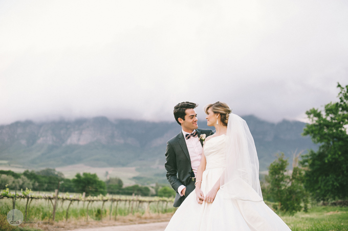 couple-shoot-Genevieve-and-Alistair-Vrede-en-Lust-South-Africa-wedding-shot-by-dna-photographers-43