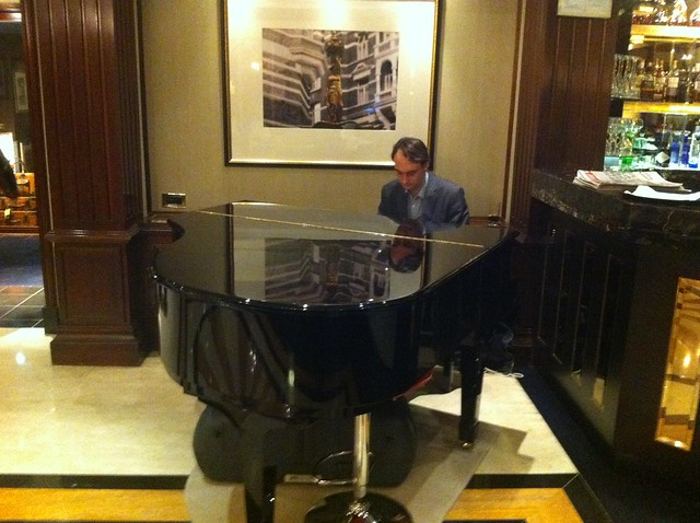 Wedding Pianist at Crowne Plaza, London