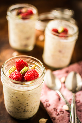 raspberry Cardamom Overnight Oats