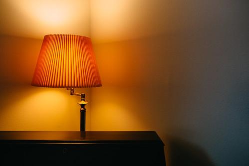 light house lamp wisconsin corner canon desk walls lampshade illuminate inanimateobject canoneos5dmarkiii sigma35mmf14dghsmart