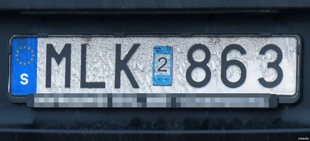 20130105_05 The epicicity of this license plate will make you shit bricks | Vänersborg, Sweden