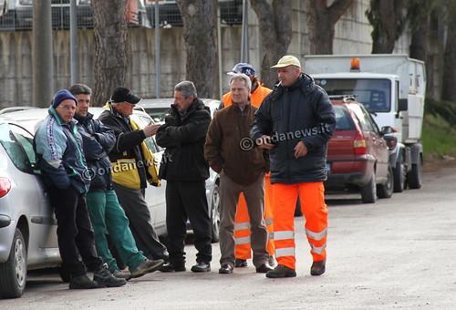 """Polla: Continua la protesta dei lavoratori della Ergon.""""Siamo disperati, vogliamo mangiare"""" – VIDEO –"""