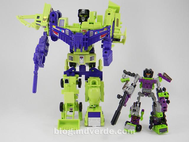 Transformers Devastator Kre-O - modo combinado vs G1