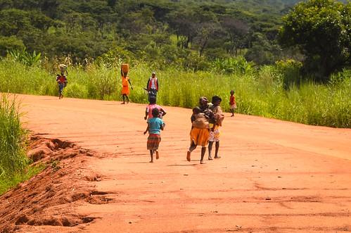 The dirt road to Ganda