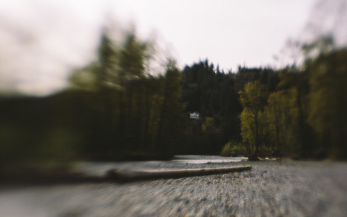 house blur nature canon river landscape washington rocks pacificnorthwest lensbabymuse canoneos5dmarkiii