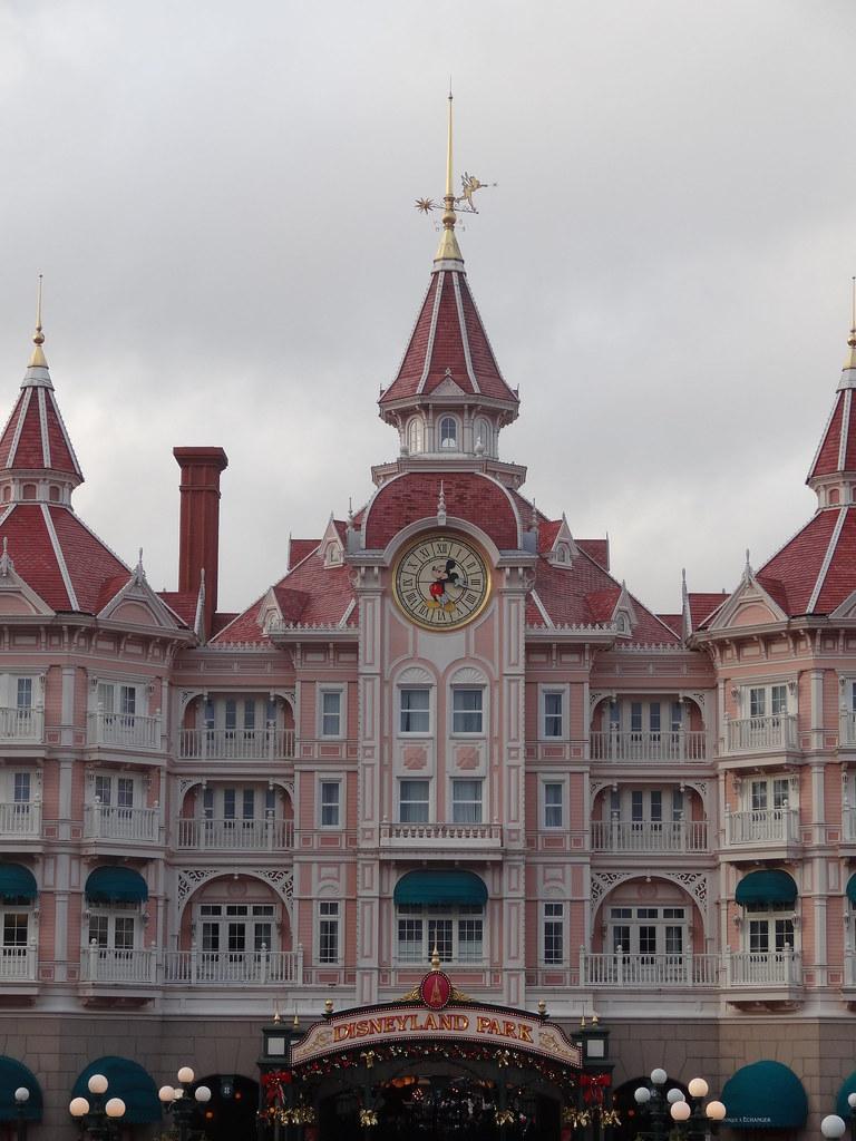 Un séjour pour la Noël à Disneyland et au Royaume d'Arendelle.... - Page 7 13890446456_98efd257fe_b
