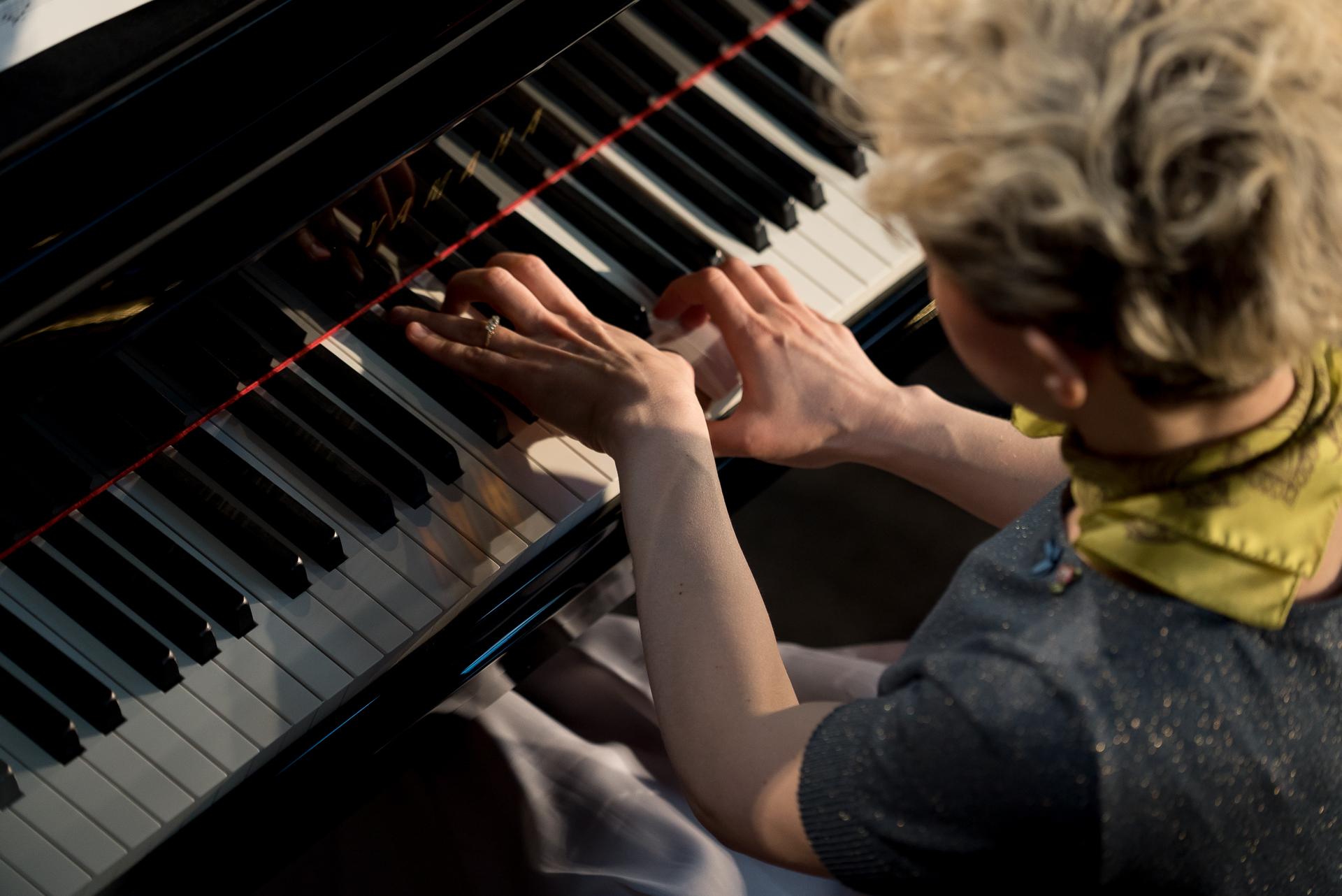 Daylight Music 251 - Piano Day