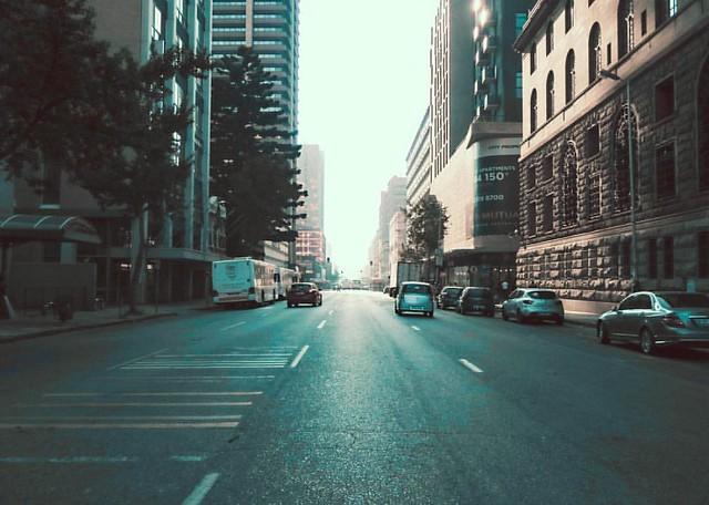 Pretoria's pretty when she wakes up / #artofvisuals #fatalframes #igworldclub #eclectic_shotz #ourmoodydays #superhubs #hubs_united #global_hotshotz #moody #moodygrams #imaginatones #houseoftones #gramslayers #shotzdelight #visualsmovement #urbanaisle #ur